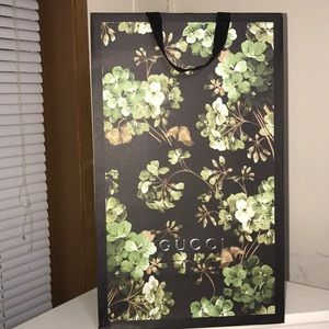 Large Gucci Collectable Shopping /Gift Bag